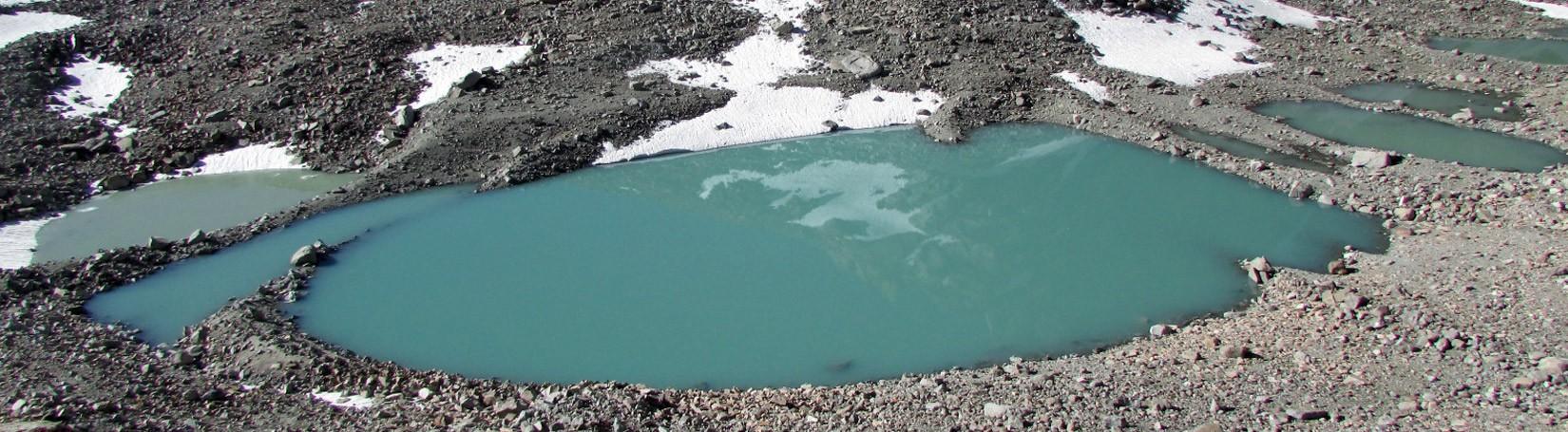 Gauri Kunda - A Holy Pond in Kailash