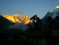 Sunrise view on Everest from tengboche